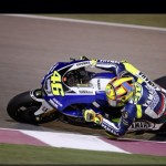 Brilliant last few laps in #Qatar #motoGP from #valentinorossi #yamaharacing #greatracing  #jorgelorenzo #fastbikes