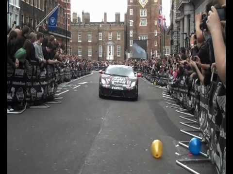 Gumball 3000 Rally – 2010 London – Ferrari 458 Italia ,Grid Highlights, Race Accelerations