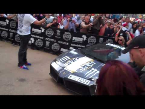 (HD) GUMBALL 3000 2010 FINISH LINE NYC (Part 1)