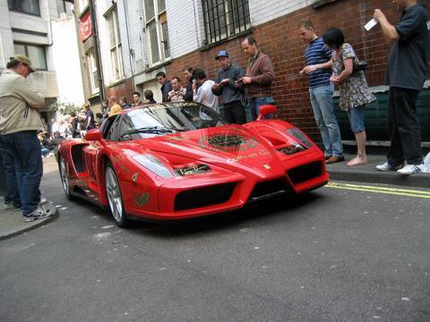Gumball 3000 – Best of sound!! Bugatti Veyron, Enzo, F40, Challenge Stradale