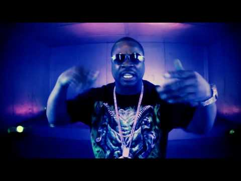 Xzibit – Phenom (video clip) – ft. Kurupt & 40 Glocc (NEW track from MMX album – 2010)